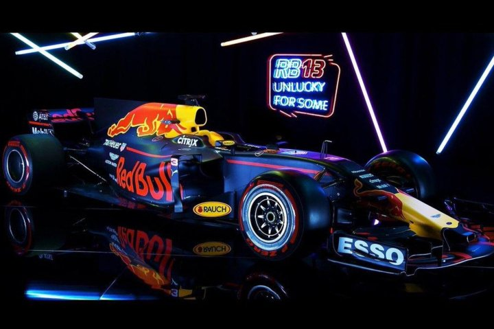 studio-photo-of-the-2017-rb13-f1-race-car-from-red-bull-racing.jpg