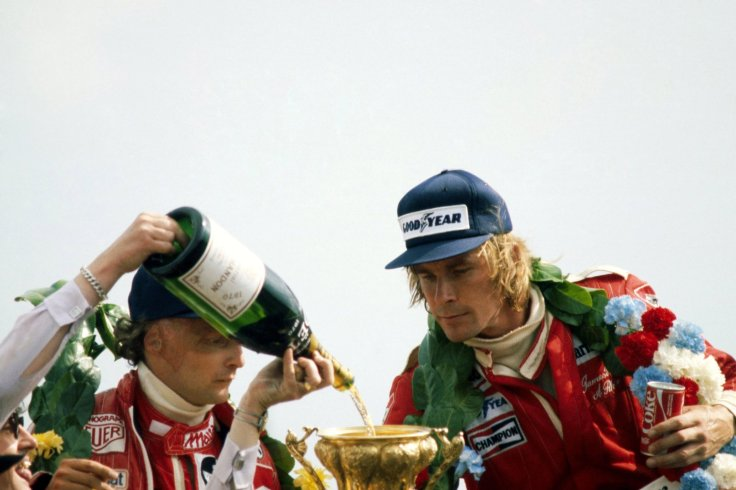 lauda-and-hunt-share-the-spoils.jpg
